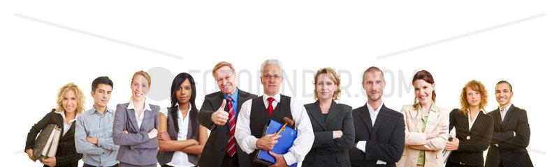 Gruppe von erfolgreichen Anwaelten