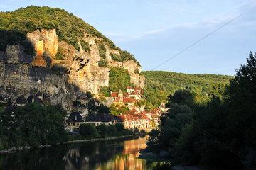 La Roque-Gageac im Tal der Dordogne  Aquitanien  France