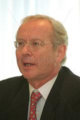 Portrait Hartmut Fromm  Jack White Productions AG