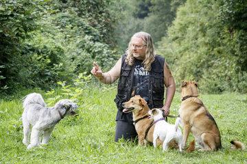 Manfred Froitzheim  Leiter Verhaltensbiologische Hundeschule