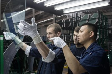 RUSSIA-KALUGA-CHINA-FUYAO GLASS GROUP-RUSSIAN FACTORY