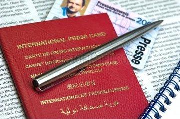 Internationaler und nationaler Presseausweis