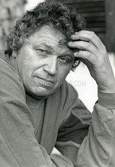 Gerhard Polt  Portraet  1992