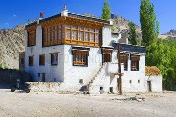 traditionelles Bauernhaus im Indus Tal  Ladakh  Jammu und Kaschmir  Indien