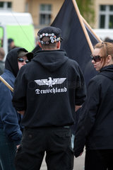 Berlin  Deutschland  Rechtsradikale auf der 1. Mai Demonstration