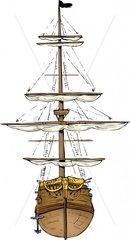 Piratenschiff 4 Vorderansicht Rumpf Takelage