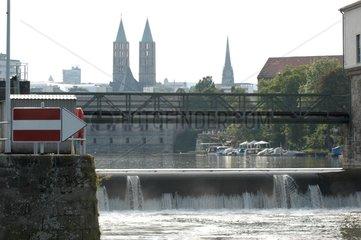 Flussfahrt Stadtportrait