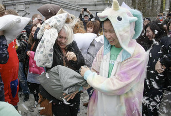CANADA-VANCOUVER-PILLOW FIGHT