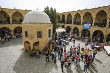 Nikosia  Tuerkische Republik Nordzypern  Zypern - Bueyuek Han  eine ehemalige Karawanserei
