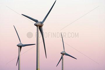 Klausdorf  Deutschland  Windkraftraeder