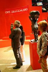 Neue Nationalgalerie. Cafe Deutschland