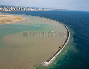 SRI LANKA-COLOMBO-PORT-CONSTRUCTION