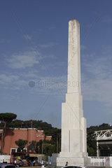 Mussolini Obelisk in Rom
