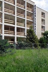 Berlin  Deutschland  Ruine eines Fabrikgebaeudes in Lichtenberg