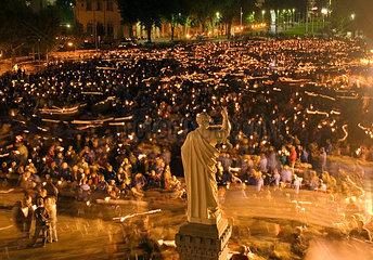 Lichterprozession in Lourdes