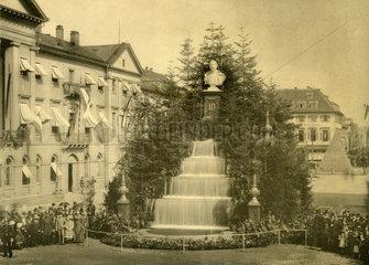 Kaiserbrunnen in Karlsruhe  1889