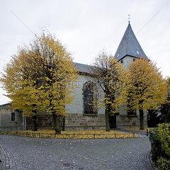 UN_Boenen_Kirche_02.tif