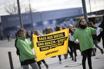 Protest Diesel  Daimler general meeting