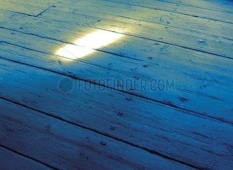 Lichtschein Holzdielen