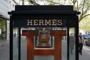 Berlin  Deutschland  Schaukasten von Hermes