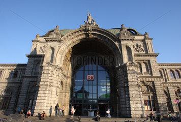 Nuernberg  Deutschland  Aussenansicht des Nuernberger Hauptbahnhofs