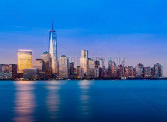 Skyline of Lower Manhattan at night
