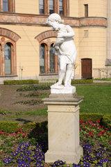 Marmorskulptur Allegorie des Wassers  Schwerin  Deutschland