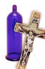 Kondom und Kreuz  Kondomverbot im Katholizismus