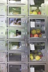 Food lockers in self-serve grocery