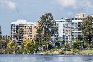 Immobilien am Fluss