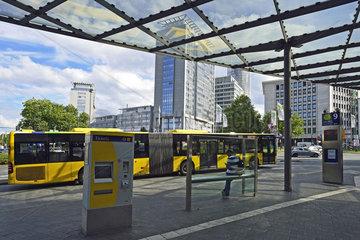 Deutschland  Nordrhein-Westfalen - Oeffentlicher Personennahverkehr in Essen