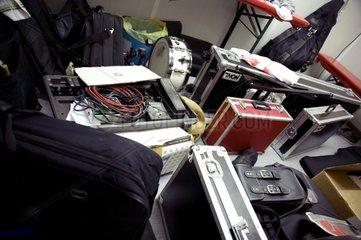 Musikkoffer abgestellte Backstage