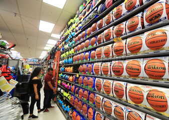 U.S.-LOS ANGELES COUNTY-SPORTS INDUSTRY
