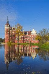 Neues Schloss  Fuerst-Pueckler-Park  Bad Muskau