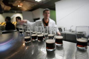 Dublin  Irland  Bierverkostung im Verkostungslabor im Guinness Storehouse