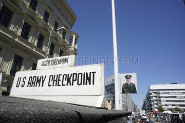 Deutschland  Berlin  Checkpoint Charlie