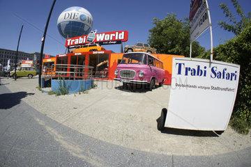 Deutschland  Berlin  Trabi Safari