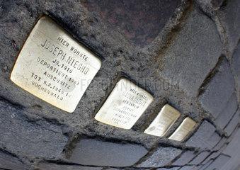 Deutschland  Berlin  Gedenksteine an deportierte Juden