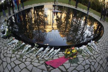 Berlin  Deutschland  Mahnmal fuer Sinti und Roma