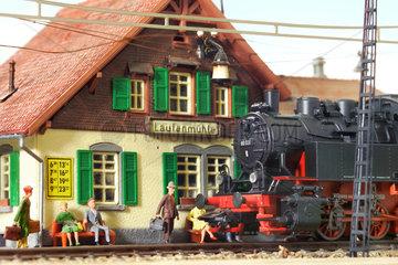 Eisenbahn  Bahnhof  Modellbahn  um 1929