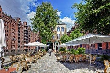 Wasserschloesschen in der Speicherstadt von Hamburg  Deutschland
