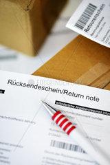 Ruecksendescheine und Pakete  Ruecksendungen von Bestellungen
