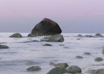 steinige Kueste