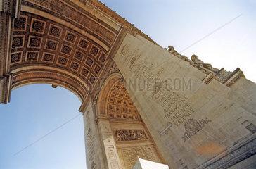 Der Pariser Triumphbogen   Arc de Triomphe  Paris Frankreich