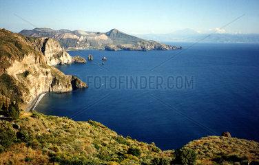 Bucht mit Blick auf Vulcano