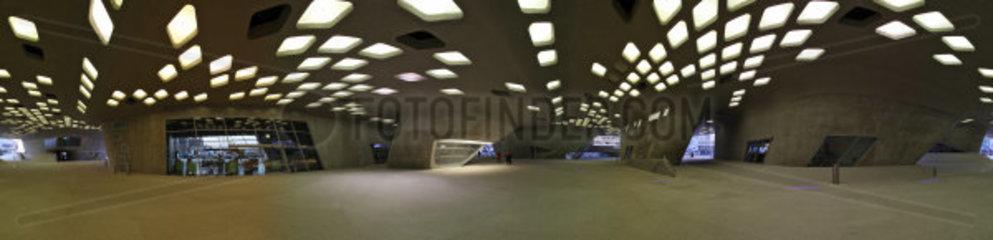 360 Grad Panorama des Wissenschaftsmuseum Phaeno in Wolfsburg  Niedersachsen Deutschland