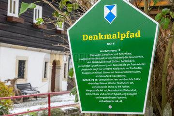 historische Umgebindehaeuser in Waltersdorf Zittauer Gebirge