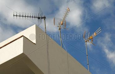 Antennen auf dem Dach eines Hauses in Puert de la Cruz  Teneriffa