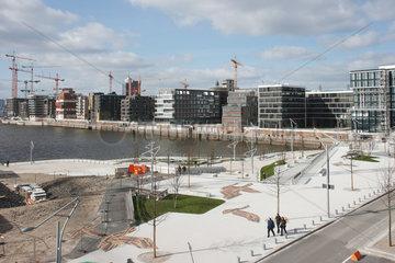 Hamburg  Deutschland  Neubauten der HafenCity und die Marco-Polo-Terrassen