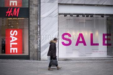 H&M  Gewinneinbruch bei Modekette